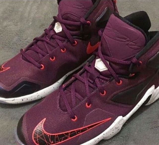 The Nike LeBron 13 will be LeBron's 13th signature sneaker. The shoe  features a Hyperposite, dynamic stretch fit upper and a nice Hex-Max  cushioning.