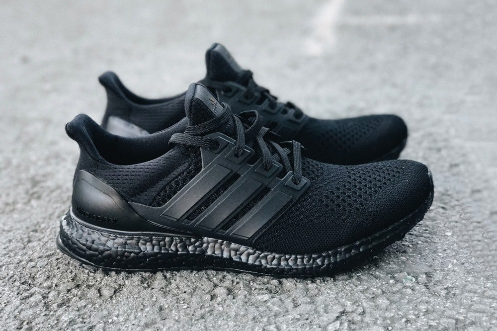 All Black Ultra Shoes