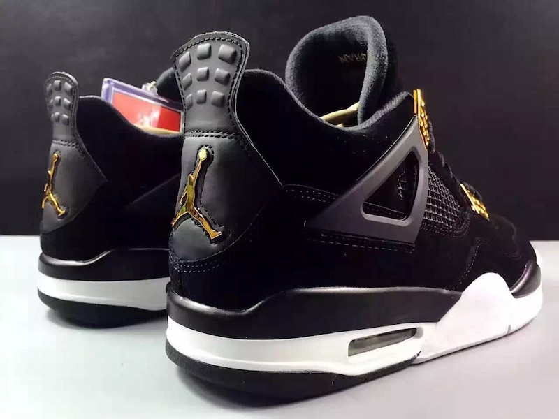 air-jordan-4-royalty-black-gold-10
