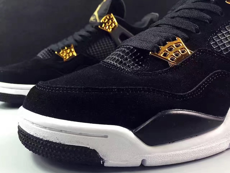 air-jordan-4-royalty-black-gold-11