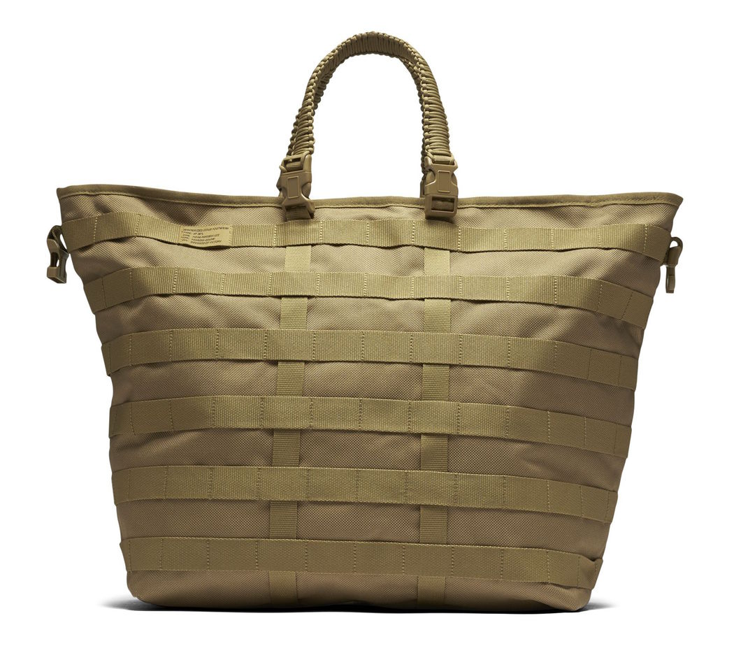 nike-special-field-air-force-1-duffel-bag-2