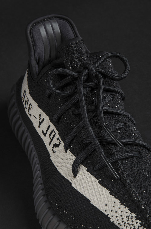 Adidas Yeezy 350 Boost All Black Pirate Black Coconut 350 BB 5350 Spot Trading