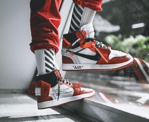 OFF Weiß x Air Jordan 1 Release
