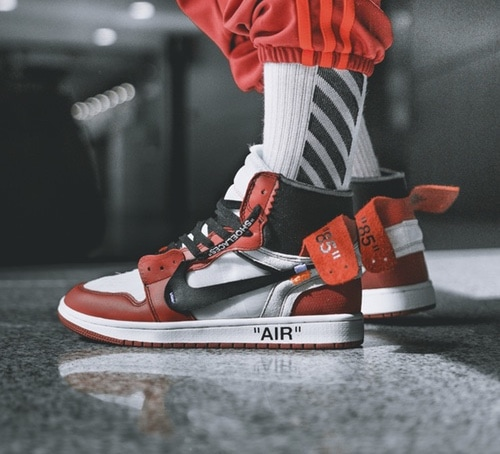 OFF WHITE X Air Jordan 1 Chicago Release Date