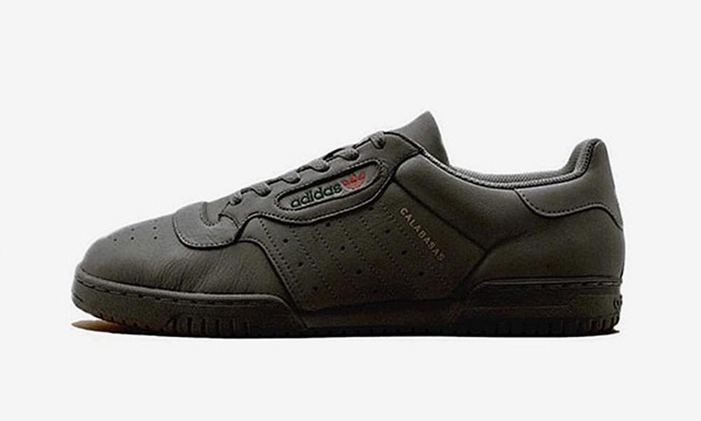 black adidas yeezy powerphase è stata ritardata justfreshkicks