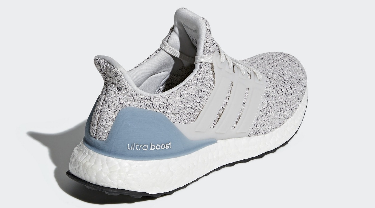163224408 adidas Ultra Boost 4.0