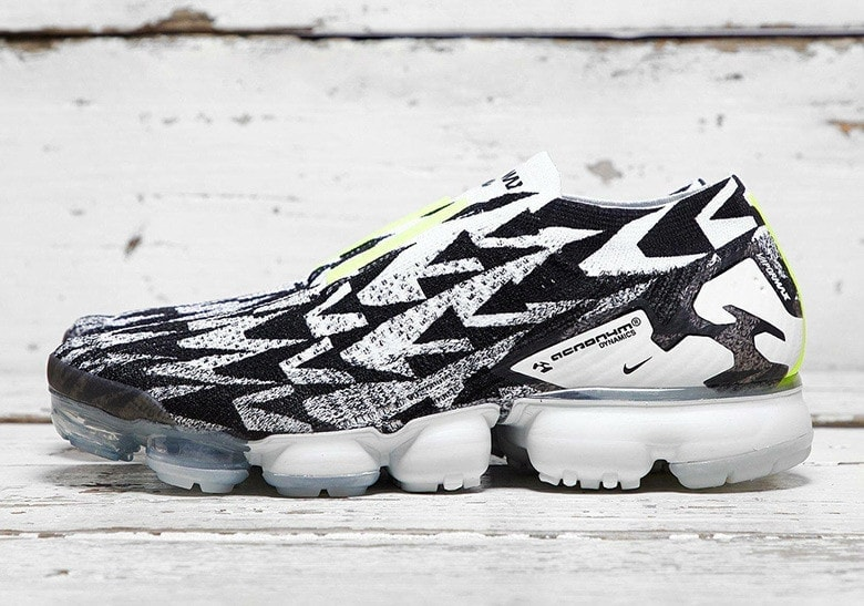 53d1176522b Acronym x Nike Air Vapormax Moc 2.0. Release Date  Coming Soon Price   220.  Style Code  AQ0996-001