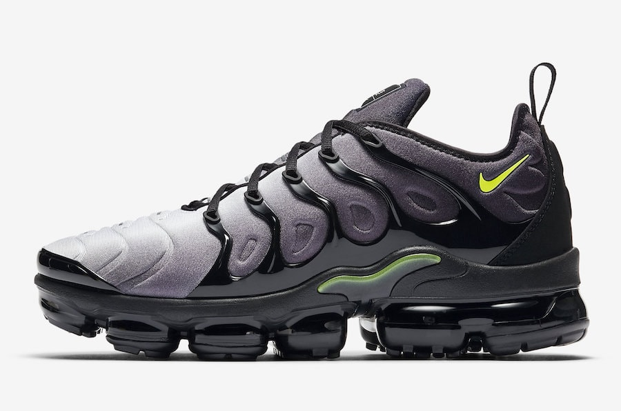 "ef0329c1f191d8 The post Nike Air Vapormax Plus ""Light Menta""   ""Neon"" Releasing in April  appeared first on JustFreshKicks."