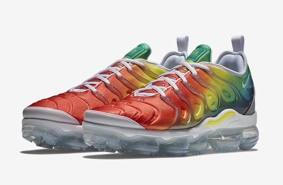 2018 Nike Air Vapor Max multicolor