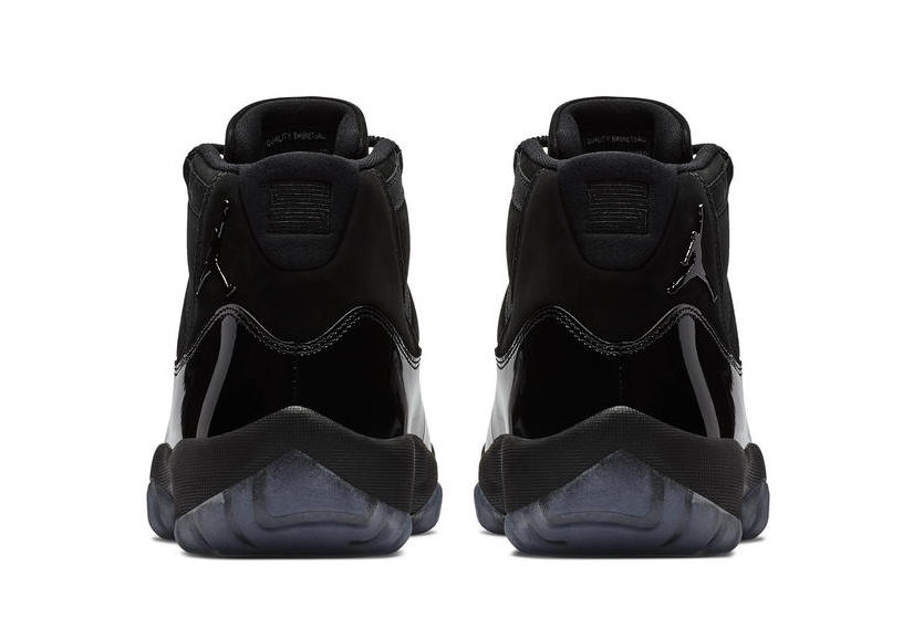 Air Jordan 11 Triple Black \