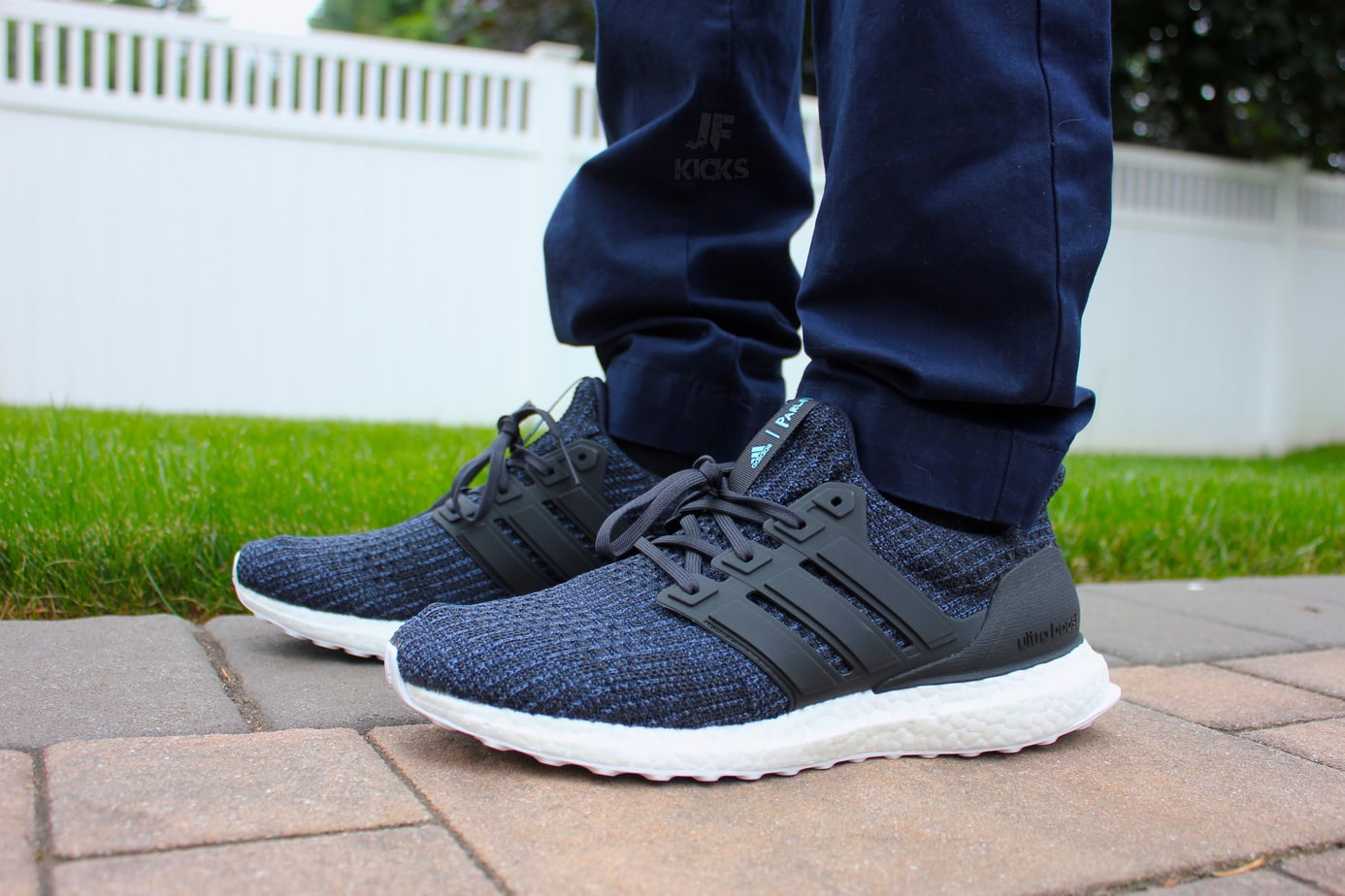 Adidas Ultraboost 4.0 CARBON ASH PEARL / DOPE NEW DARK