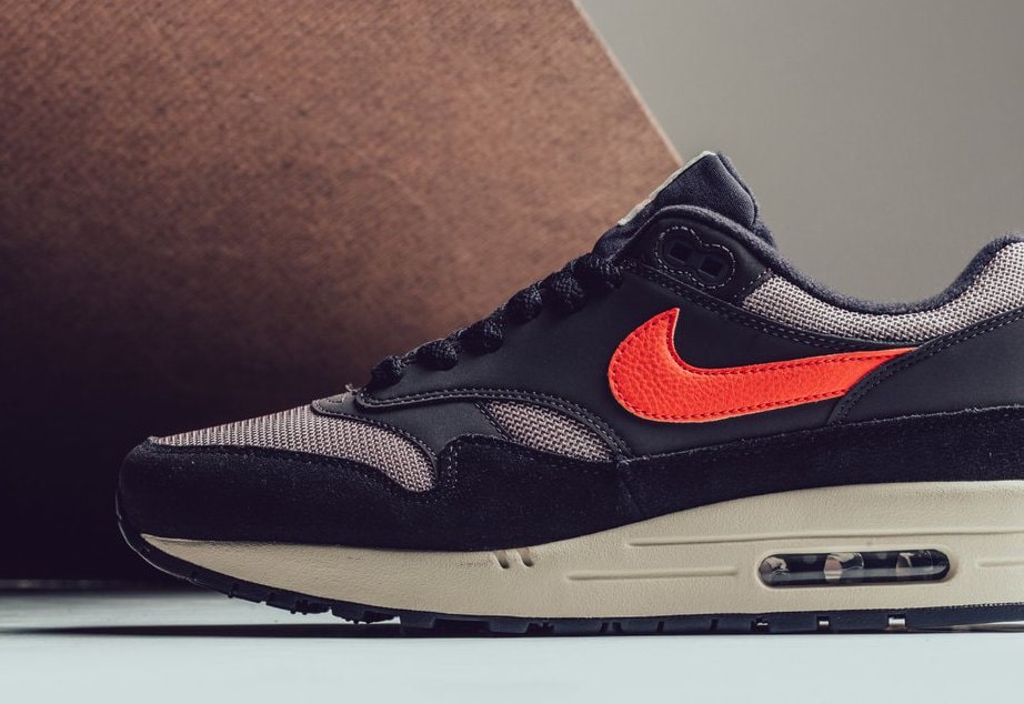 huge discount dfb31 11b7a Check out the official images below for a better look at the new colorway,  and stay tuned to JustFreshKicks for more Nike Air Max news.