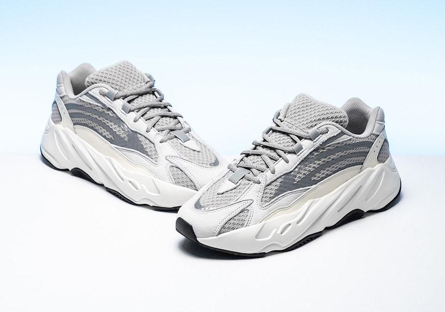 50a10c186c33c adidas Yeezy Boost 700 V2