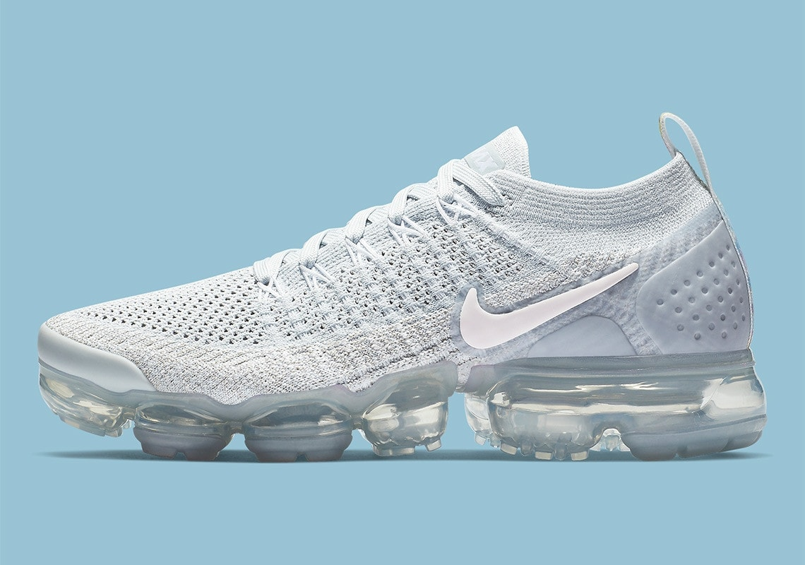 "da9a7b9ee71b Nike Air Vapormax Flyknit 2.0 ""Floral"" Release Date  December 2018. Price    190. Color  Pure Platinum Arctic Pink Pure Platinum Style Code  942843-011"