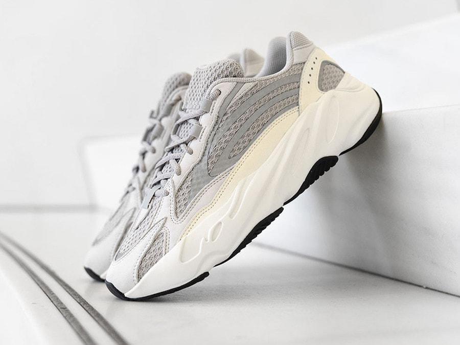 cb28b2c887fc0 adidas Yeezy Boost 700 V2