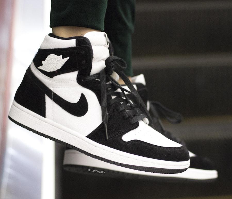 Air Jordan 1 Retro High OG Black & White On Feet ...