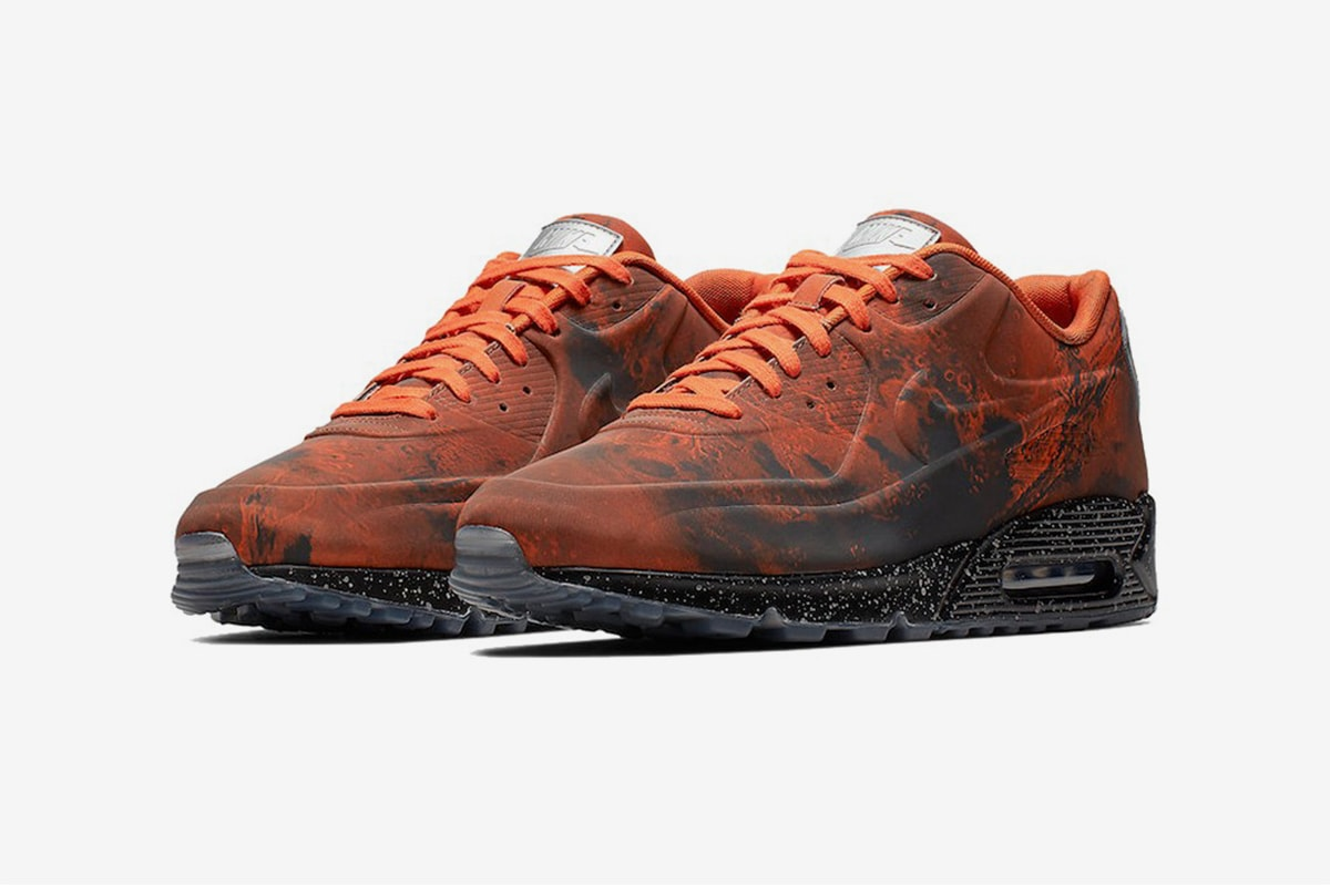 """premium selection 86730 30714 Nike and space seem to go hand in hand. This month, theyve unveiled the  spiritual successor to their """"Moon Landing"""" Air Max. Check out the Air Max  90 """"Mars ..."""