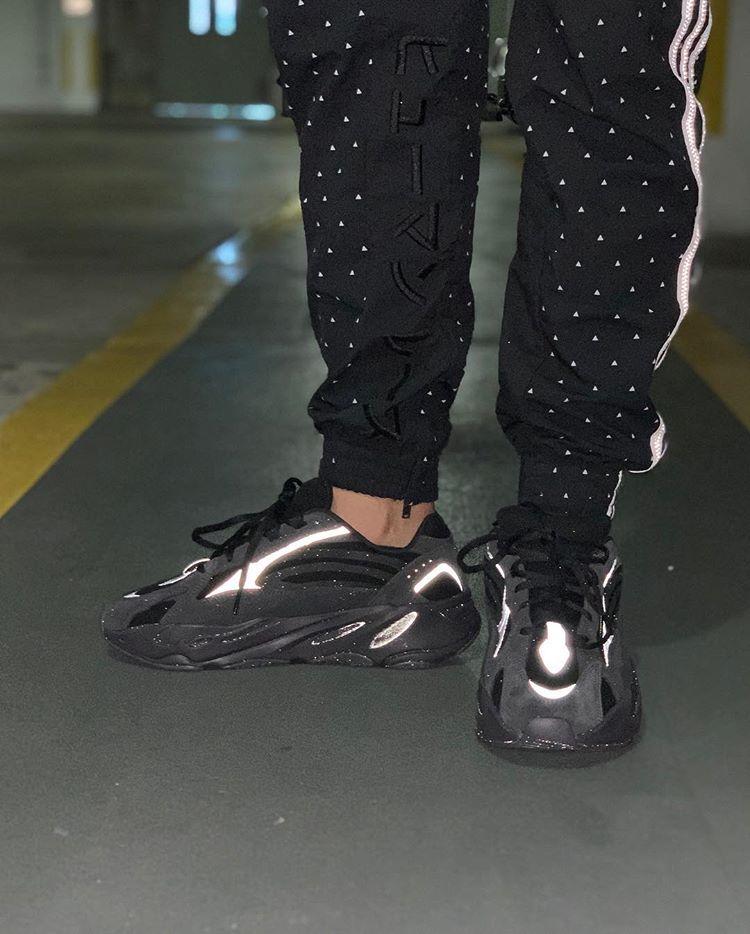 32c44db956a4 adidas Yeezy Boost 700 V2