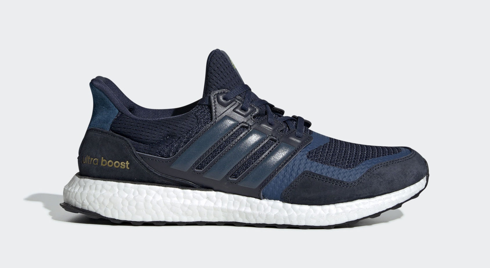 "the latest e9cdb 21d9d adidas Ultra Boost S L ""Collegiate Navy"" Collegiate Navy Legend Marine Gold  Metallic April 15, 2019"