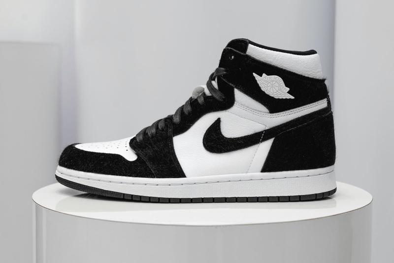 more photos 01e41 b6c90 Release Date Details. Air Jordan 1 Retro High OG WMNS Color  Black Black-Metallic  Gold-White Style Code  ...