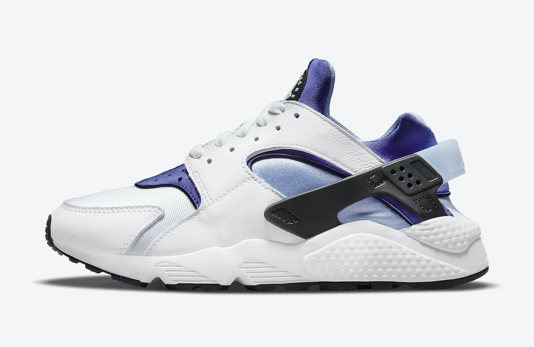 """Nike Adds """"Concord"""" Purple Accents to the Classic Air Huarache"""