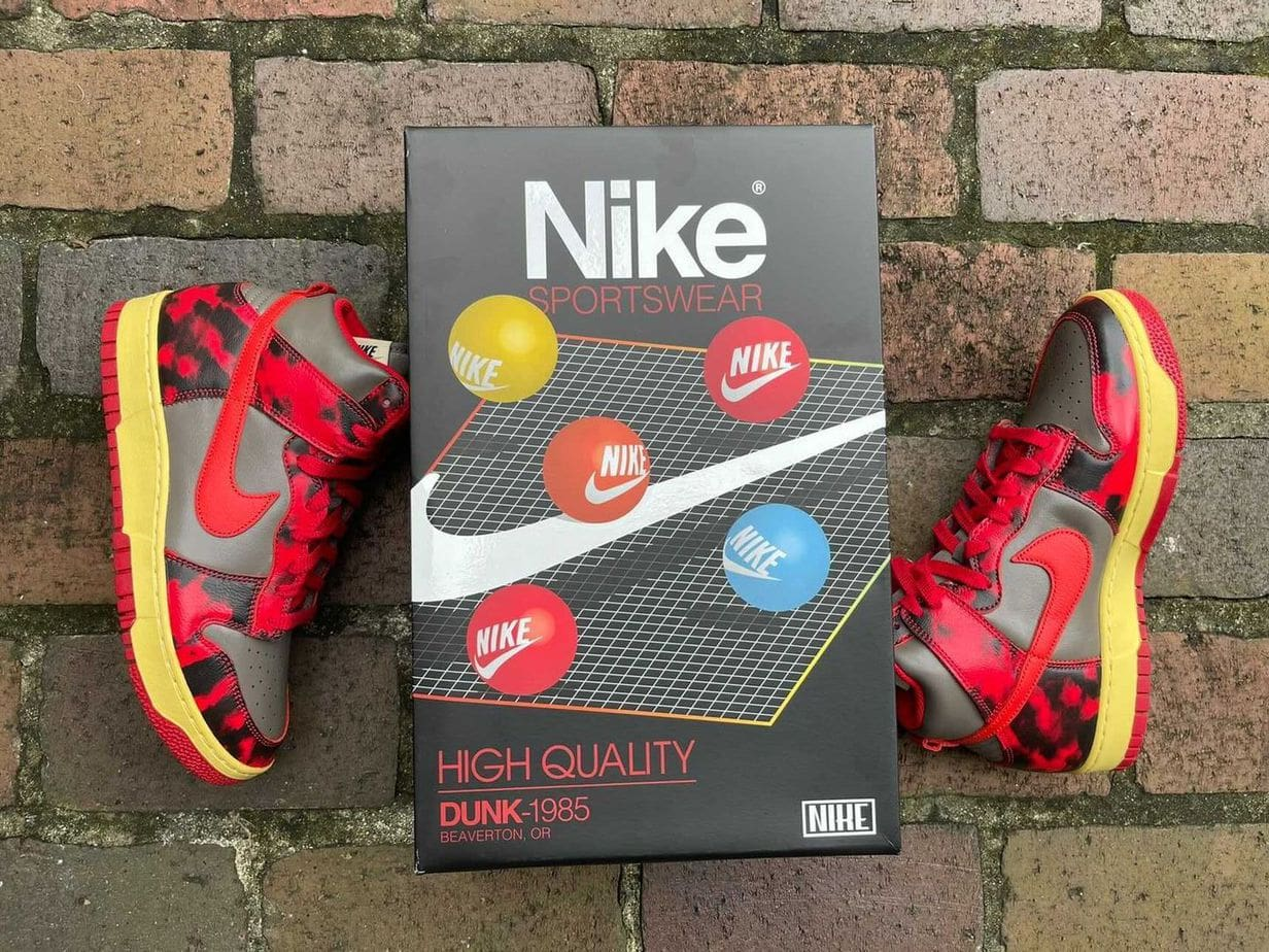 """Special Vintage Packing for the Nike Dunk High """"Red Acid"""""""